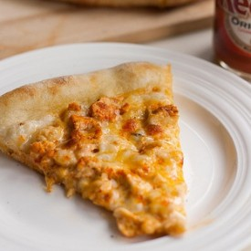 The BEST buffalo chicken pizza