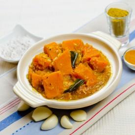 Pumpkin Curry (Wattakka Curry)