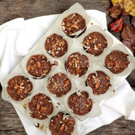 Gingerbread Muffins with Spiced Nut