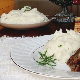 Rosemary And Garlic Mashed Potatoes