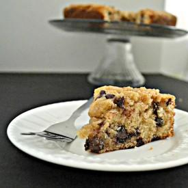 Vanilla Chocolate Chip Crumb Cake