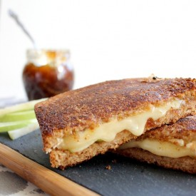 Brie Grilled Cheese w. Fig Spread