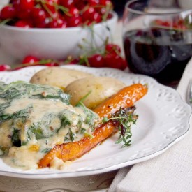 Chops Baked With Creamy Spinach