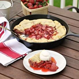 Grilled Skillet Strawberry Pie