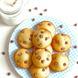 Chocolate Chips Breakfast Buns