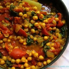 Indian-Style Chickpeas in Curry