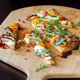 Arugula Naan Pizza