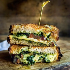 A Grilled Cheese for the Grown-Ups