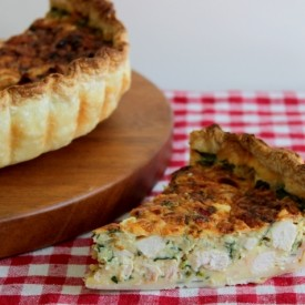 Chicken, Spinach, and Bacon Quiche