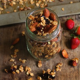 Dates and Almond Granola