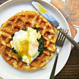 Eggs florentine waffles
