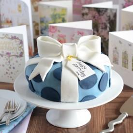 Birthday Cake Decorating Tutorial