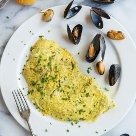 Mussel Omelet w/ Sweet Potato Fries