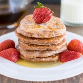 Caramelized Strawberry Sauce Pancak