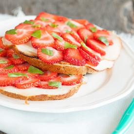 Chicken strawberry sandwich