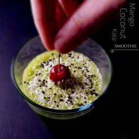 Powerpacked Mango-Coconut-Kale Smoothie