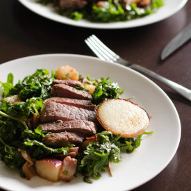 Steak Salad with Coconut