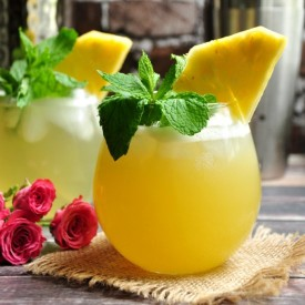 St. Germain Cocktail With Pineapple