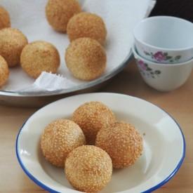 Deep Fried Sesame Balls