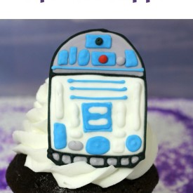 R2D2 Edible Cupcake Toppers