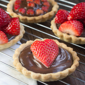 Strawberry and Champagne Truffle Tart