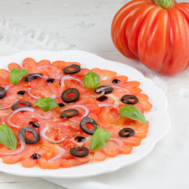 Coeur de boeuf tomato carpaccio wit