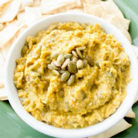 Homemade Pumpkin Hummus