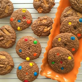 Leftover Halloween Candy Cookies