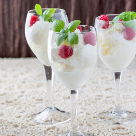 Easy No-Churn Moscato Ice Cream