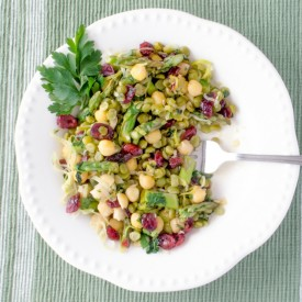 Spring Salad with Garbanzo Beans
