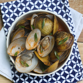 Mild Chili Clams