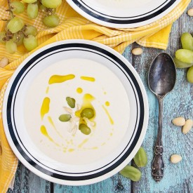 Spanish Cold Almond and Garlic Soup