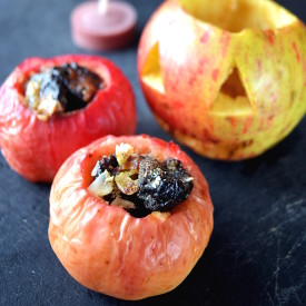 Baked Apple – Healthy Halloween