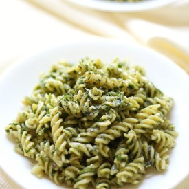 Easy Gluten-Free Vegan Pesto Pasta